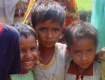 Kinderen bij Kaligapur